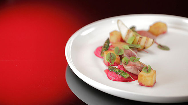Will & Steve Pigeon Salad with Caramelised Pears and Asparagus Recipe.