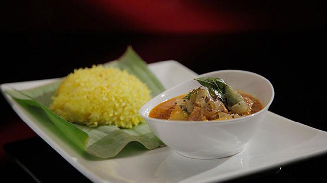 Eva & Debra's Mum's Chicken Curry Recipe